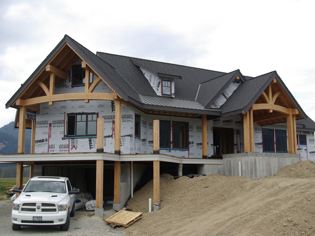 Hybrid timber home bc canada moore log timber homes for Hybrid timber frame home plans